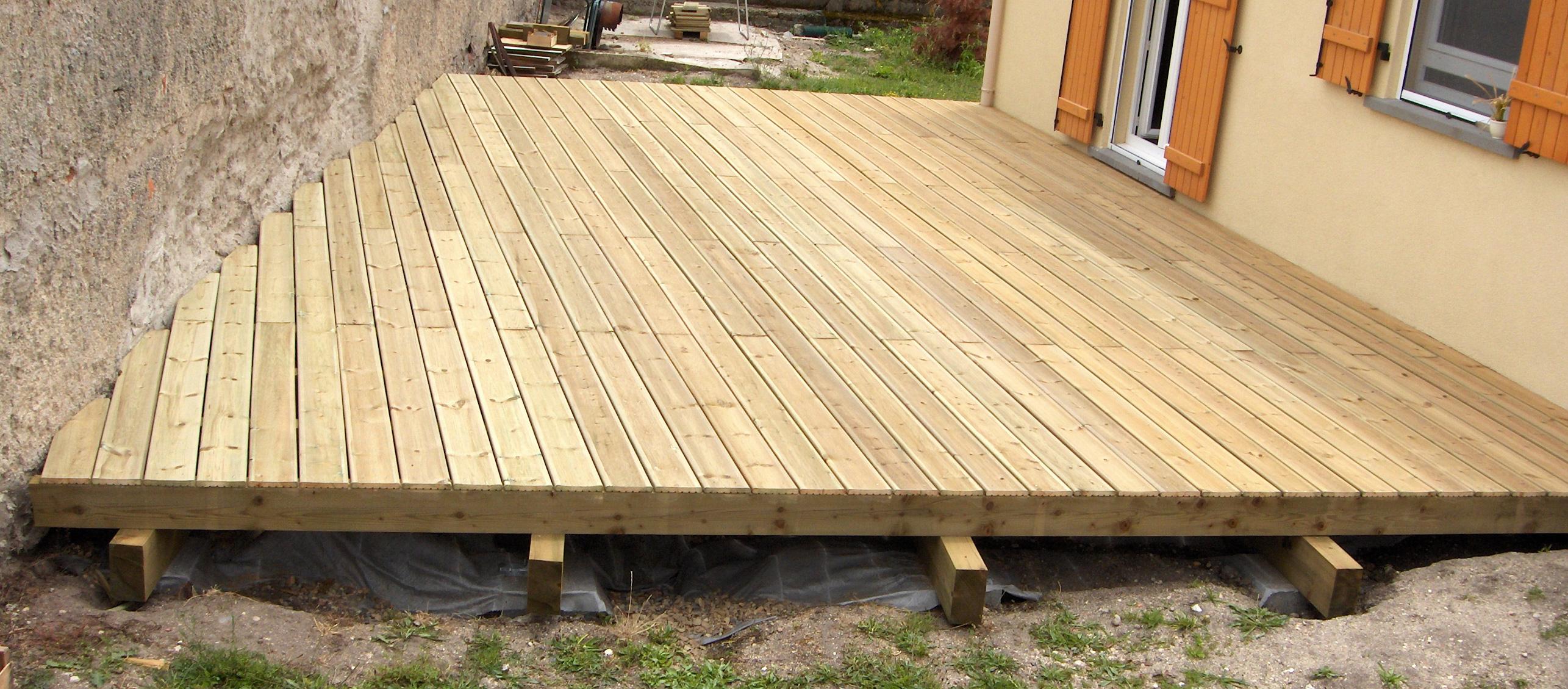 Sos design conseils id es et plans gratuits de meubles for Modele de terrasse en bois